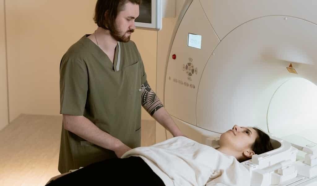 le-scanner-cérébral-révèle-une-psychose-post-partum