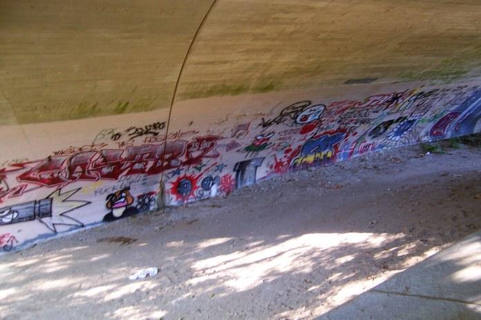 Old US 31 bridge