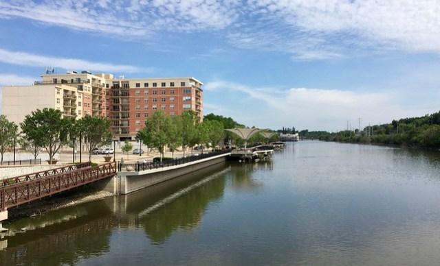 Elgin, Illinois, riverfront