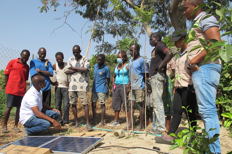 Solar-powered irrigation pumps are emerging as an attractive, affordable solution for smallholders in northern Ghana. Photo credit: Thai Thi Minh/IWMI.