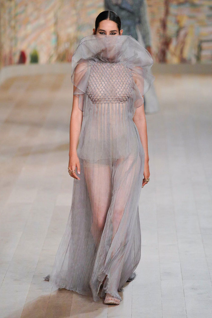 8_christian-dior-couture-fall-2021