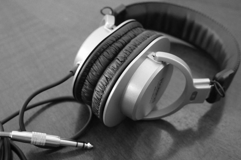 RH-200S Roland Monitor Headphones 25