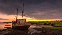 Walton Lone Boat