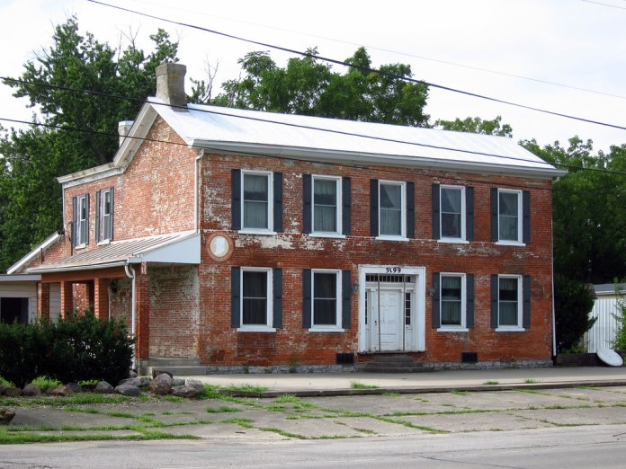 Old house, US 40, west of Richmond