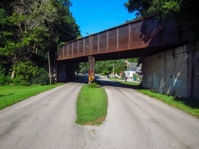 Railroad bridge, old NR, east of Knightstown