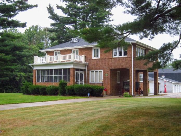 Old house on SR 340