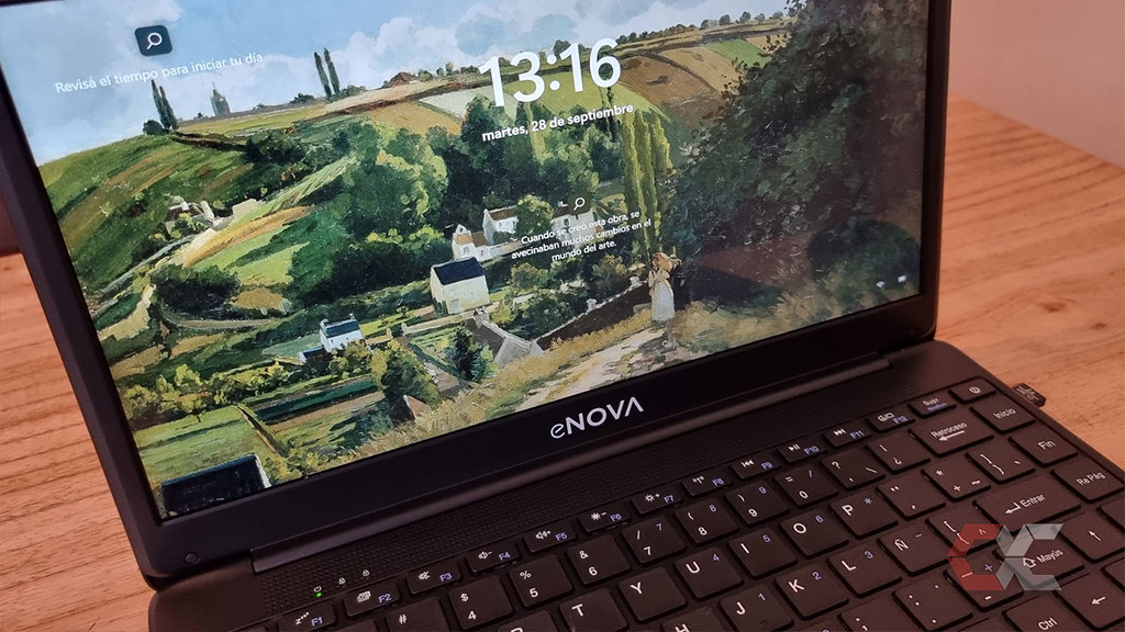 Review-enova-Ci3-Overcluster-pantalla