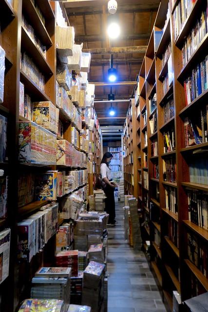 台南「成功書局」:每次去都有書輪替的二手書店