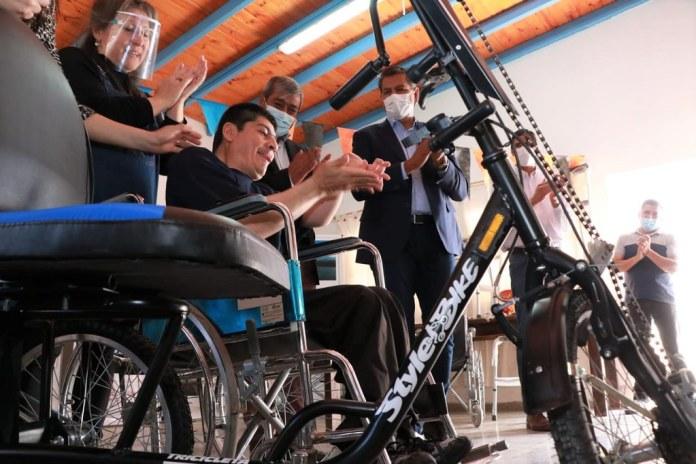 2021-10-13 DESARROLLO HUMANO: Se entregaron 23 elementos ortopédicos a vecinos de Calingasta