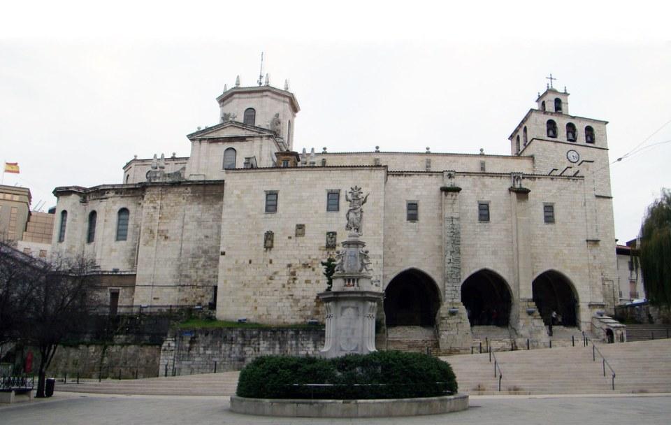 exterior Catedral de la Asuncion de Nuestra Señora Santander Cantabria 01