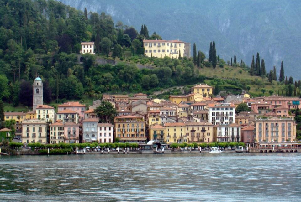 vista de Bellagio desde Lago Como Italia 01