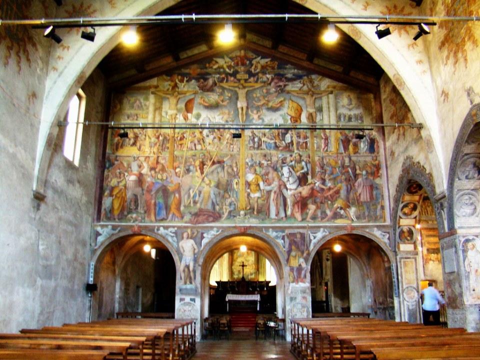pintura al fresco Crucifixión de Cristo de Bernardino Luini interior Iglesia Santa Maria de los Angeles Lugano Suiza 03