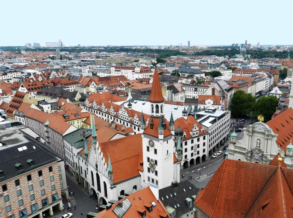 Munich vistas panoramicas desde la torre de la Iglesia de San Pedro, Alter Peter, viejo Pedro Alemania 01