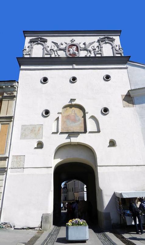 capilla y Puerta de la Aurora lado sur de Vilna Lituania 01