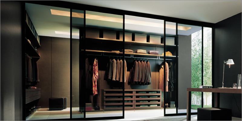 Poliform  Walk in Closet  Ubik  Close sliding doors  Flickr