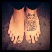mint green toe nails jennifer