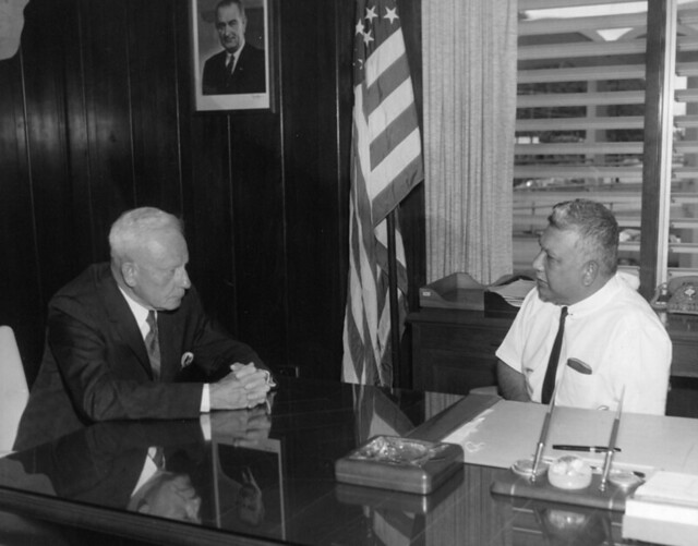 Former Governor Elvidge and Governor Guerrero