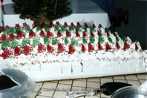 P040.007m.r.t SAGE General Meeting; cake with christmas bells
