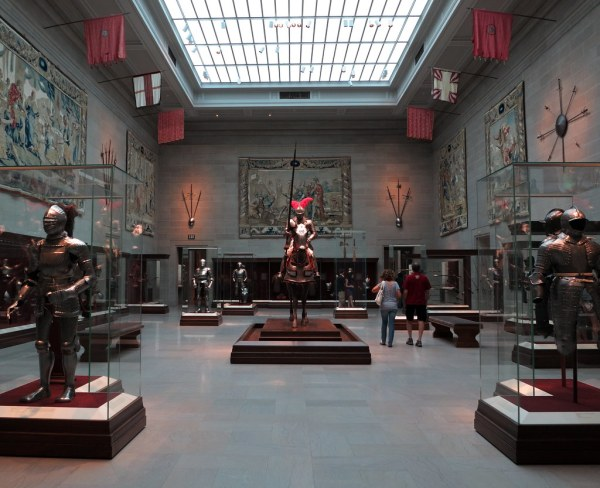 Cleveland Museum Of Art Armor Court General View Ar