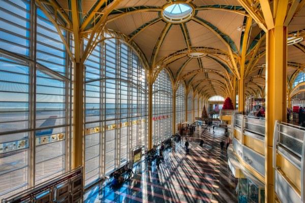 Ronald Reagan Washington National Airport 12122011
