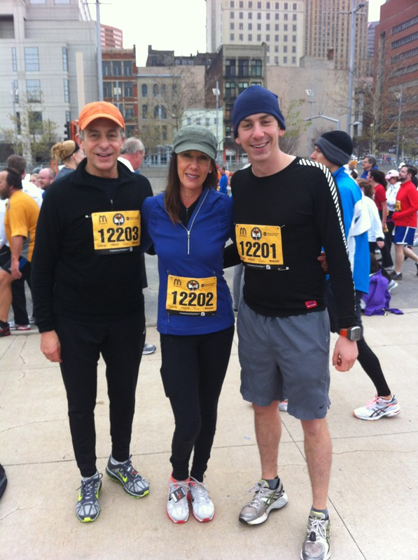 Turkey day 10k in Cincinnati with the parents! 43:29!