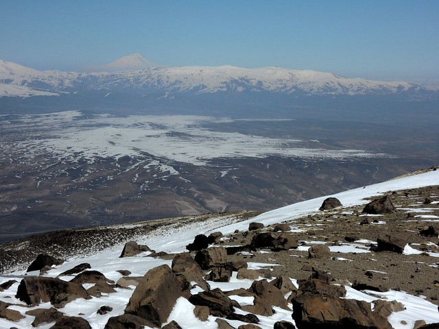 View of Ağrı Dağı from Süphan by bryandkeith on flickr