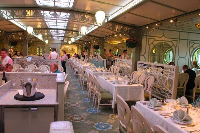 Enchanted Garden restaurant - Disney Fantasy