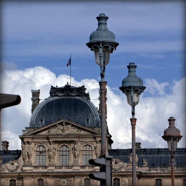 Paris. Guardians. Carrousel Du Louvre