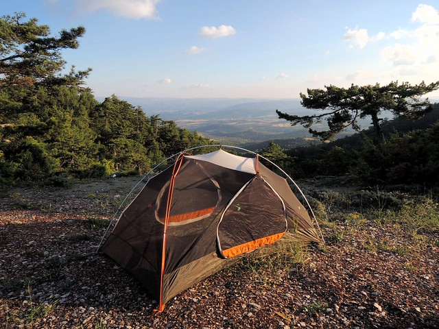 It's hard to tell from the photo, but the ground dropped off precipitously just beyond the tent by bryandkeith on flickr