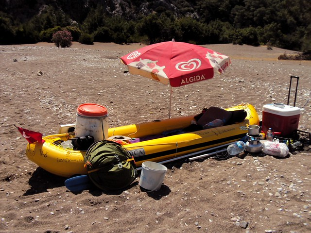 The owner of this gear has been paddling for 5.5 months from İzmir.  He plans to continue to Hatay. by bryandkeith on flickr