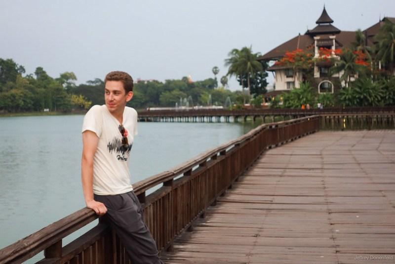 2013-05-05 Yangon - DSC09809-FullWM