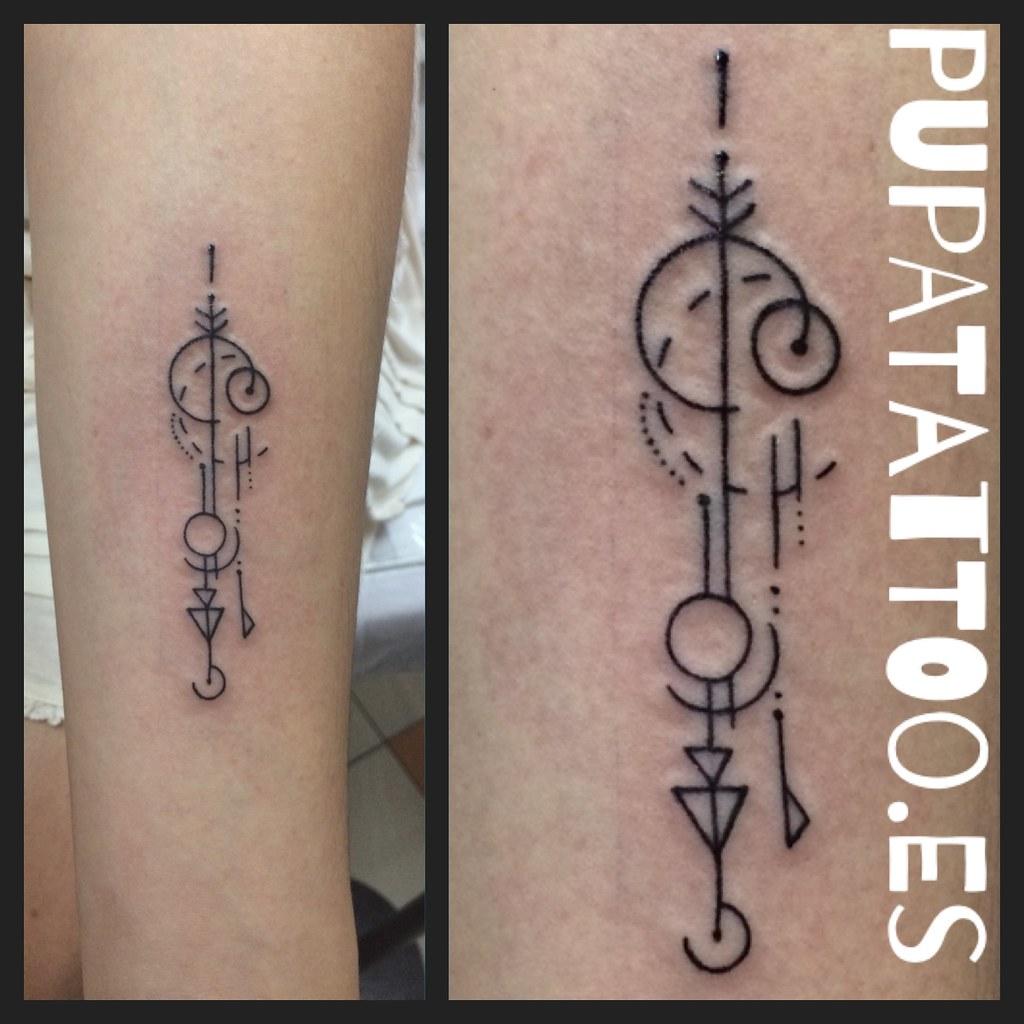 Tatuaje Líneas Geómetricas Pupa Tattoo Granada Pupa Tattoo Flickr