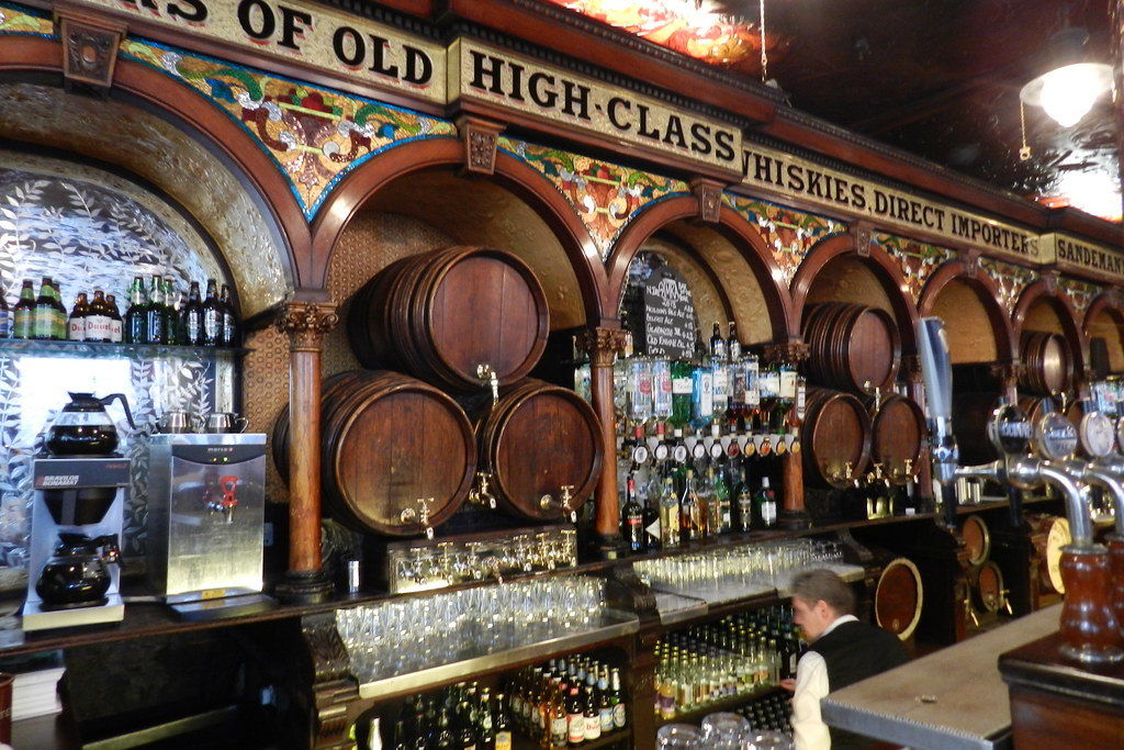 Pub The Crown Liquor Saloon Belfast Ulster Irlanda del Norte 15