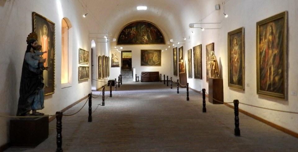 Arequipa sala de pinturas Convento de Santa Catalina pinturas Perú 02