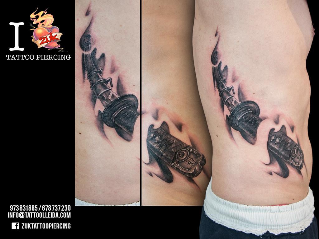 Tatuaje Katana Zuk Tatuaje En Negro Y Gris Con Una Katana Flickr
