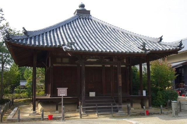 法起寺 Hokki-ji temple