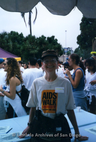 P197.040m.r.t AIDS Walk San Diego 1997: Sharon Parker in booth