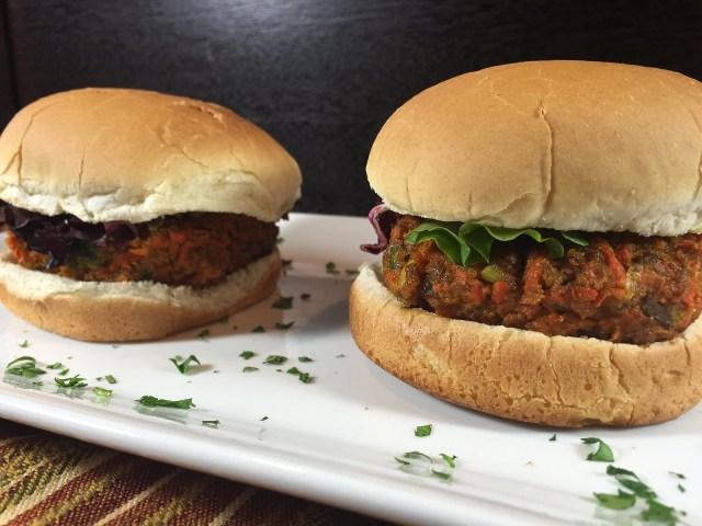 thai carrot burgers for two