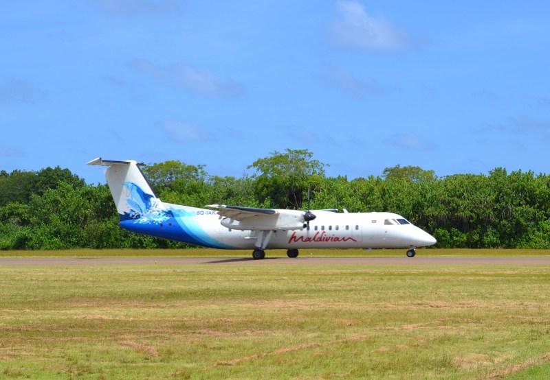 Maldivian Dash 8 8Q-IAK