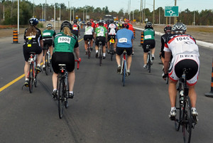 2015 26 STR Gregs Ride approaching roundabout_300