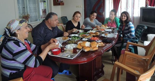 Tülin, Pınar, and Pınar's family by bryandkeith on flickr