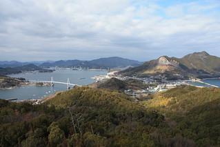 040_展望臺から見下ろす弓削島 | 標高142mの久司山頂上の展望臺は ...