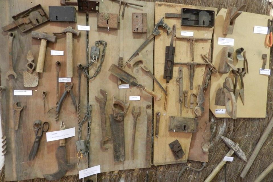 herramientas de carpinteria Museo Interpretación en Hinojosa de Duero Salamanca 10