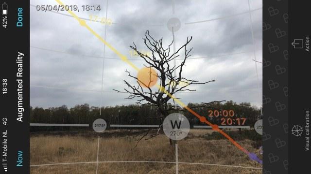 De Augmented Reality van Photopills laat duidelijk zien waar je wanneer moet staan voor, bijvoorbeeld, een zonsondergang.