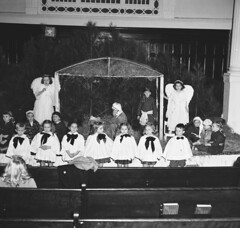DARLPICT-First Baptist Church Xmas Padgent cir 1947 002