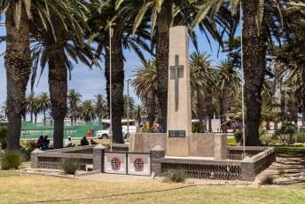 En ook de moffen die in de eerste en tweede wereldoorlog vielen hebben hier een monument gekregen.