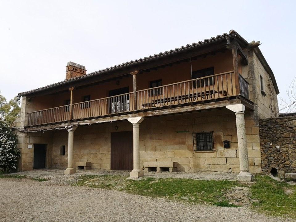 antigua Casa Rectoral edificio Granadilla Caceres