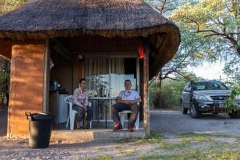 Een paar weken later keerde ik weer terug uit Zambia samen met Lucía, en genoten we de eerste avond.....
