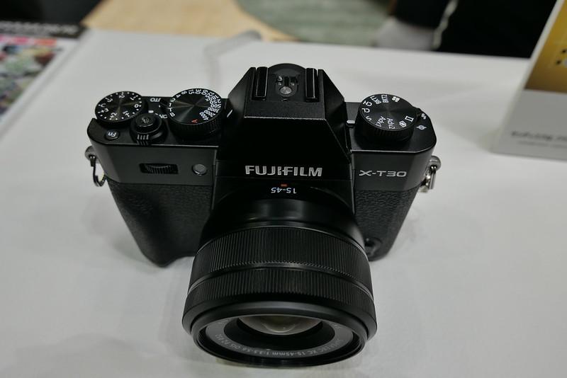 FUJIFILM X-T30 01