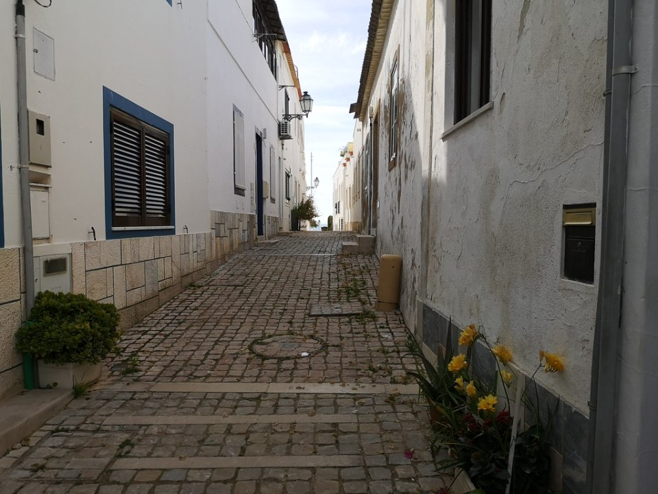 Albufeira calles edificios Algarve Portugal 07